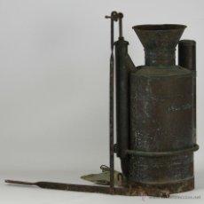Antigüedades: ANTIGUO FUMIGADOR DE MOCHILA EN COBRE. BACCHUS. SIGLO XIX.. Lote 52840183