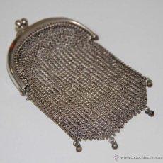 Antigüedades: JOY526 MONEDERO. MALLA DE PLATA. 2 COMPARTIMENTOS. ESPAÑA. PRINC. S. XX. Lote 51849893