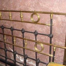 Antigüedades: PRECIOSA CAMA METAL (RESTAURADA). Lote 54803256