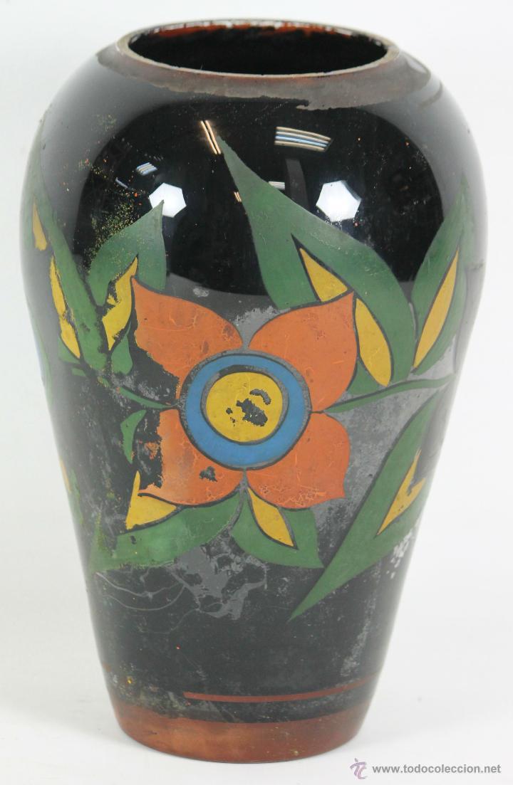 JARRON EN CRISTAL SOPLADO. POLICROMADO A MANO. ART DECO. SIGLO XX. (Antigüedades - Cristal y Vidrio - Catalán)