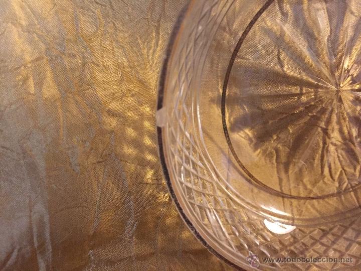 Antigüedades: 6 platitos de pan o aperitivo, cristal tallado y filo de oro - Foto 4 - 54842109