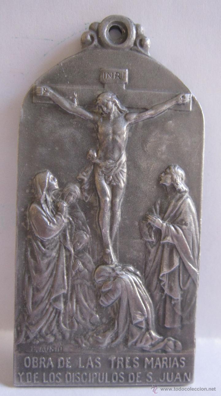 EDUARD AUSIO. BARCELONA, C. 1900 MEDALLA OBRA DE LAS TRES MARIAS Y SAGRARIOS CALVARIOS DE 6 X 3 CM. (Antigüedades - Religiosas - Medallas Antiguas)
