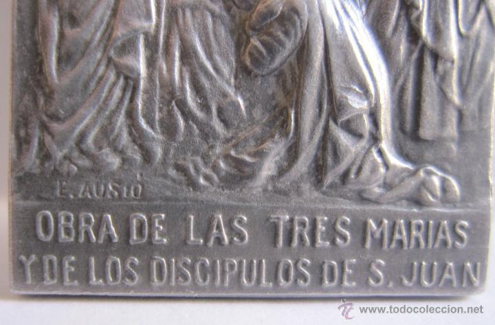 Antigüedades: EDUARD AUSIO. BARCELONA, C. 1900 Medalla obra de las tres marias y sagrarios calvarios de 6 x 3 cm. - Foto 2 - 54847209