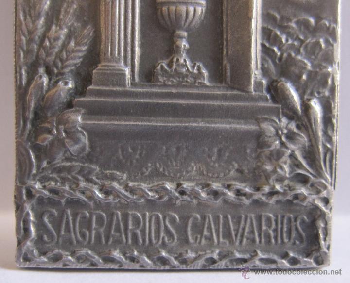 Antigüedades: EDUARD AUSIO. BARCELONA, C. 1900 Medalla obra de las tres marias y sagrarios calvarios de 6 x 3 cm. - Foto 4 - 54847209