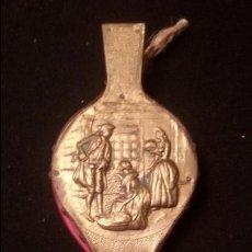 Antigüedades: ANTIGUO FUELLE INGLES FINALES DEL XVIII LATON CUERO Y MADERA 32 X 12 . Lote 54851010