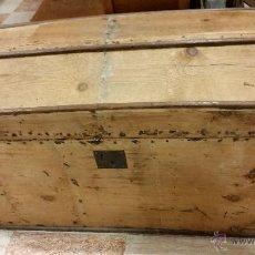 Antigüedades: BAÚL DE MADERA MUY ANTIGUO. Lote 54851771