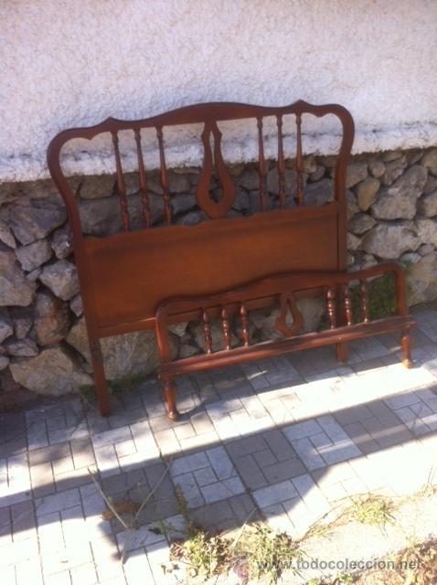 Antigüedades: ANTIGUO CABECERO Y PIECERO - Foto 2 - 54893510