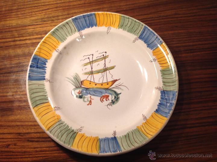 PLATO DE MANISES BARCO (Antigüedades - Porcelanas y Cerámicas - Manises)