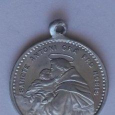 Antigüedades: MEDALLA SAN ANTONIO DE PADUA Y CORAZON DE JESUS DE 2,2 CMS DE DIAMETRO. Lote 54906089