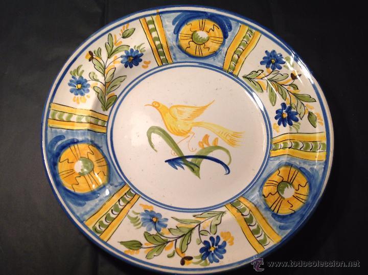 PLATO DE MANISES PAJARO (Antigüedades - Porcelanas y Cerámicas - Manises)