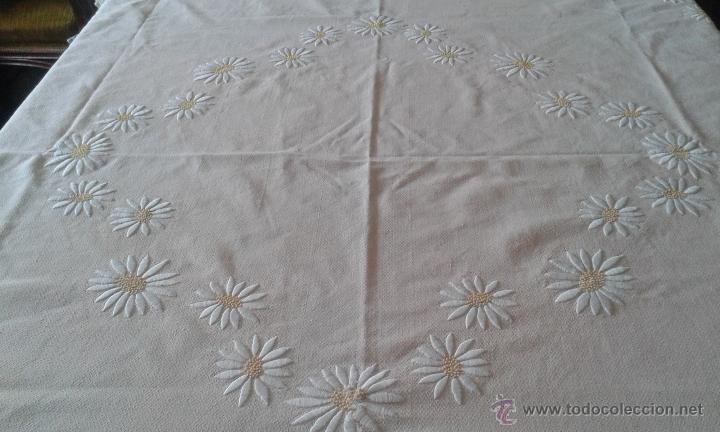 Antiguo mantel bordado a mano con encaje de bol comprar for Telas para manteles precios