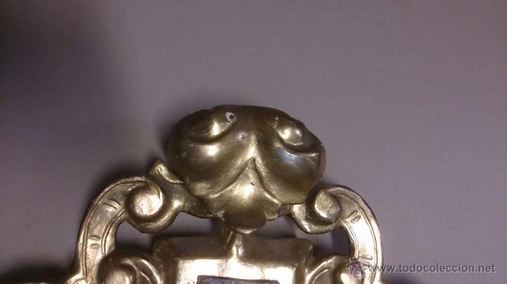 Antigüedades: Cruz en madera tallada y pan de oro y cristo en bronce - Foto 4 - 55023287