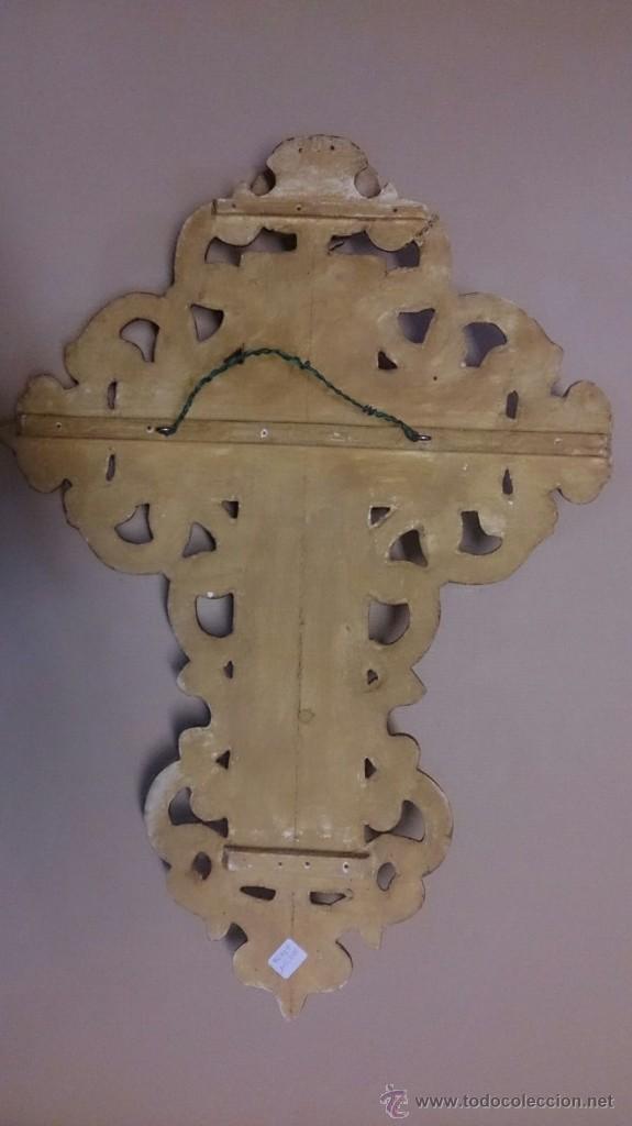 Antigüedades: Cruz en madera tallada y pan de oro y cristo en bronce - Foto 5 - 55023287