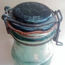 Antigüedades: ANTIGUA BOTELLA VIDRIO L´IDEALE BREVETEE FRANCIA. Lote 55024443