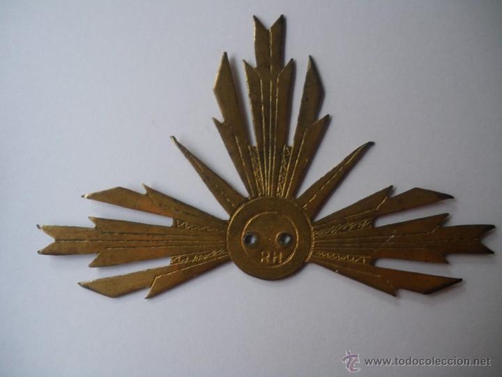 CORONA DE LATÓN REPUJADO SANTO/VIRGEN CAP I POTA (Antigüedades - Religiosas - Varios)