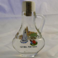 Antigüedades: BOTELLA AGUA BENDITA SANTUARIO FATIMA PORTUGAL - CON PRECINTO, LLENA. Lote 55077237