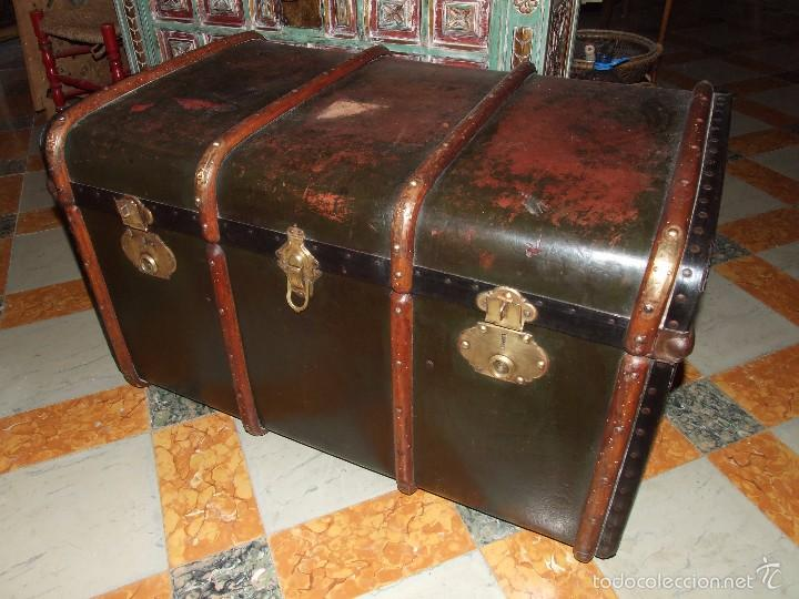 Antiguo baul de viaje o mundo madera carton p comprar - Muebles restaurados online ...