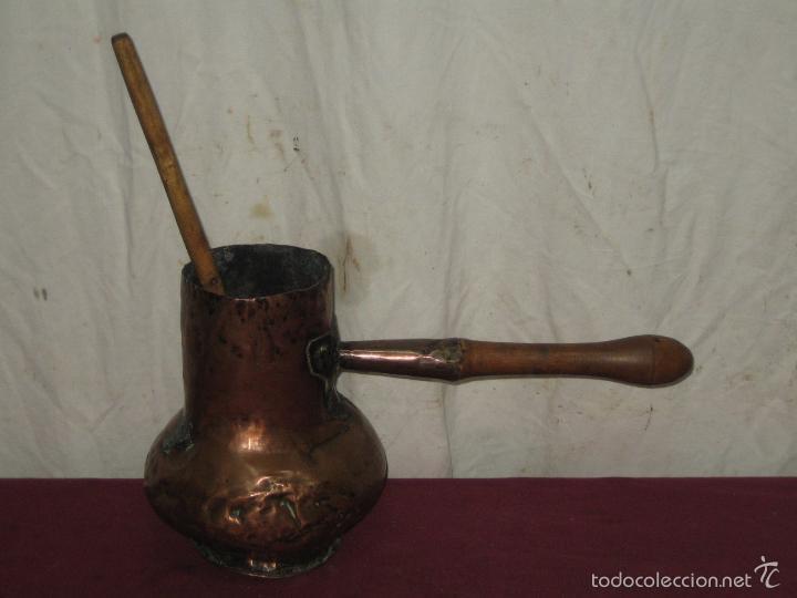 CHOCOLATERA DE COBRE CON SU PALO... XIX (Antigüedades - Técnicas - Rústicas - Utensilios del Hogar)