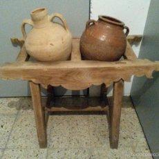 Antigüedades: CANTARERO DE MADERA CON DOS CANTAROS. Lote 55146207