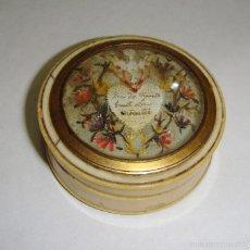 Antigüedades: PRECIOSA CAJA DE COLECCIÓN. S.XVIII. MARFIL, CAREY Y FILO DE ORO.. Lote 55322418