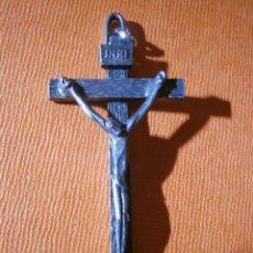Antigüedades: ANTIGUO CRUCIFIJO METÁLICO - 70 X 30 MM. - NO ES HIERRO -. Lote 55344190