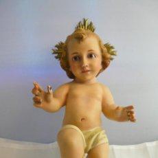 Antigüedades: NIÑO JESUS OLOT CON OJOS DE CRISTAL Y CORONA. Lote 55355336