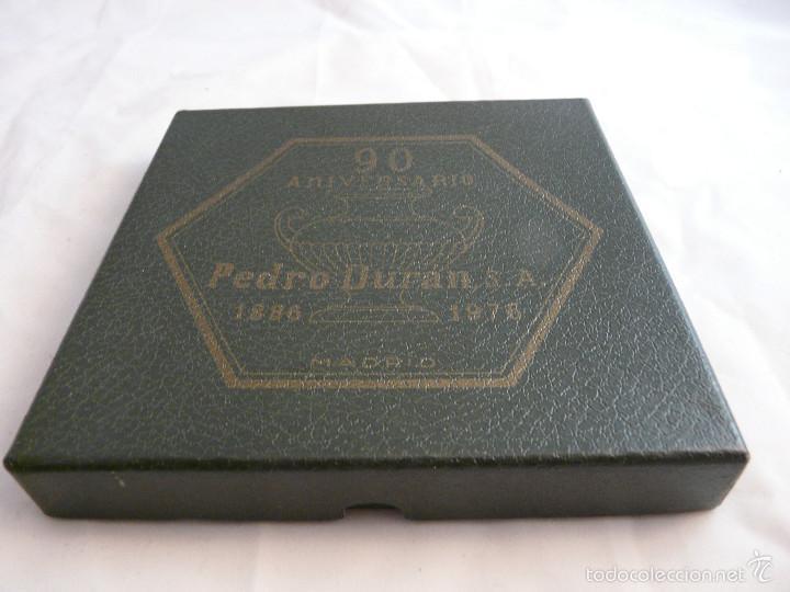 Antigüedades: PLATO 90 ANIVERSARIO PLATERIA PEDRO DURAN MADRID, 1886-1976 / EN SU ESTUCHE ORIGINAL - Foto 10 - 55356911