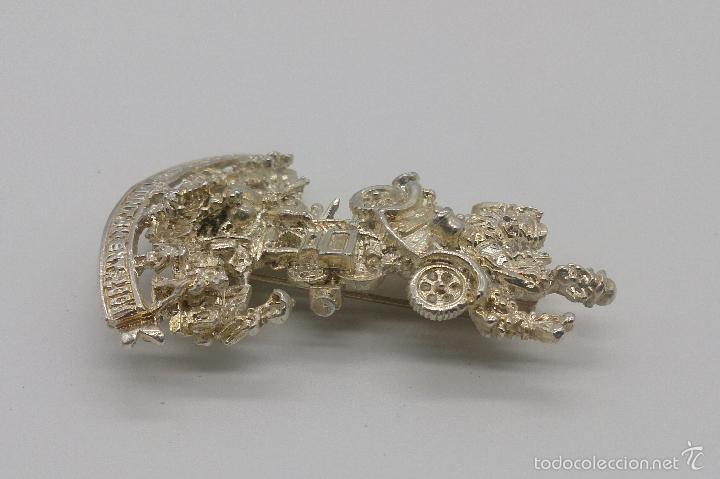 Antigüedades: Bello broche de la falla del ayuntamiento del año 2001 chapada en plata de ley, Valencia . - Foto 4 - 55372163