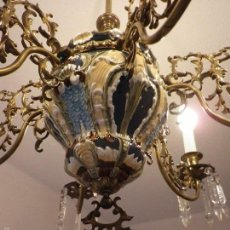 Antigüedades: LAMPARA DE TECHO DE BRONCE Y CERÁMICA. Lote 55377800