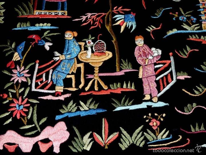 Antigüedades: EXCEPCIONAL MANTON DE MANILA, FILIPINAS, BORDADO CON FLORES, CHINOS Y PAJAROS, MIDE 155 X 155 CMS. - Foto 14 - 222083846