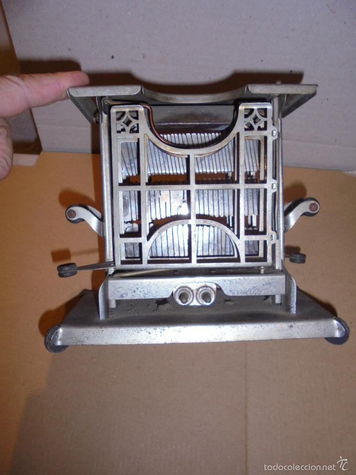 Antigüedades: (M) ANTIGUA TOSTADORA ELECTRICA - AÑOS 20/30 - TODO UN INGENIO INDUSTRIAL . 19,5 X10 CM. 17 CM. DE - Foto 7 - 55568803