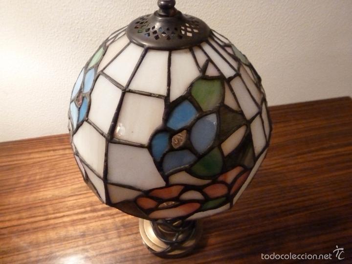 Antigüedades: lampara de sobremesa de bronce y tulipa tiffany - Foto 3 - 55662116