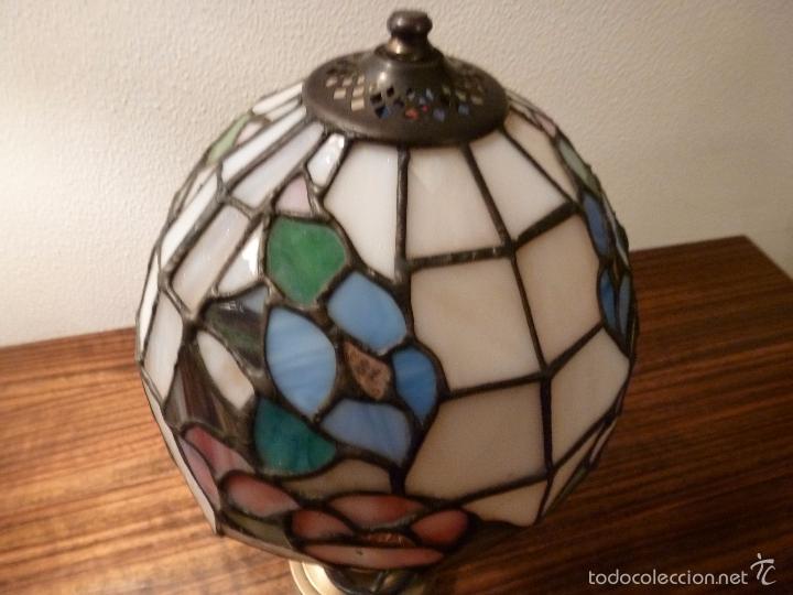 Antigüedades: lampara de sobremesa de bronce y tulipa tiffany - Foto 4 - 55662116