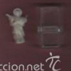 Antigüedades: MINI IMAGEN DE SAN CRISTOBAL - DE CELULOIDE CON SU CAJA DE ORIGEN - CAPILLA DE PASTOR ?. Lote 55682209