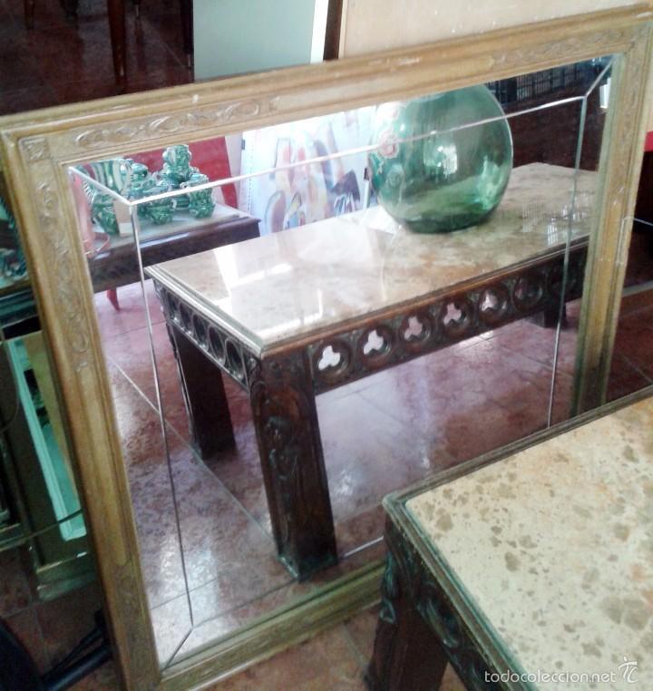 Antigüedades: Mesa antigua de mármol y madera con relieves tallados - Foto 2 - 55691809