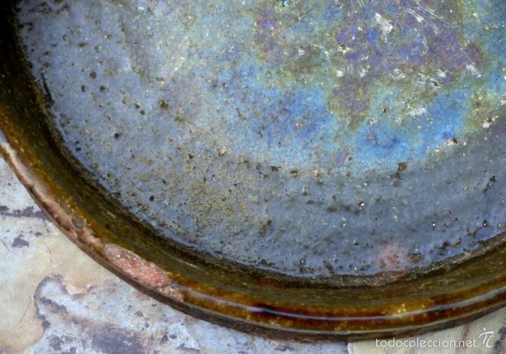 Antigüedades: CAZUELA DE BARRO VITRIFICADO - PRECIOSO TONOS VERDOSOS CON BONITOS REFLEJOS - RECIPIENTE HORNO - Foto 4 - 55692981