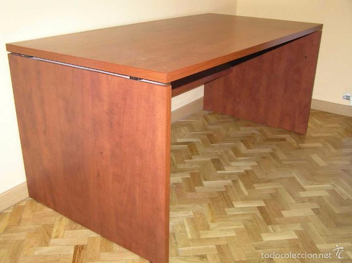MESA DE DESPACHO DE MADERA (Antigüedades - Muebles Antiguos - Mesas de Despacho Antiguos)