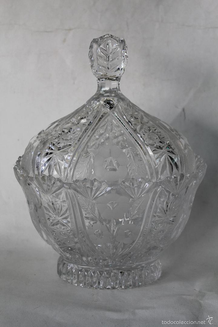 BOMBONERA EN CRISTAL DE BOHEMIA (Antigüedades - Cristal y Vidrio - Bohemia)