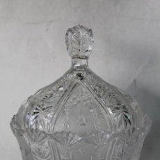 Antigüedades: BOMBONERA EN CRISTAL DE BOHEMIA. Lote 55697900