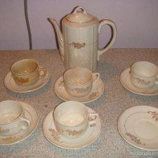 Antiquités: JUEGO DE CAFE LOZA SAN CLAUDIO OVIEDO AÑOS 60. Lote 55717554