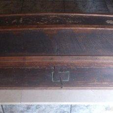 Antigüedades: ANTIGUO BAUL CON CERRADURA Y LLAVE FUNCIONANDO, SIGLO XVIII - XIX .. Lote 55788518