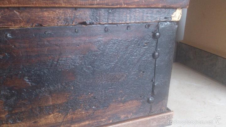 Antigüedades: ANTIGUO BAUL CON CERRADURA Y LLAVE FUNCIONANDO, SIGLO XVIII - XIX . - Foto 3 - 55788518