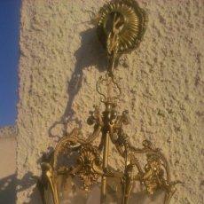 Antigüedades - Precioso y antiguo farol de techo de bronce y cristal 3 luces. con cableado eléctrico. - 55795103