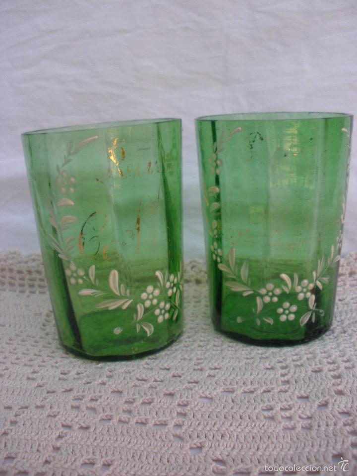 Antigüedades: ANTIGUOS Vasos de cristal verde de Santa Lucia con leyenda Recuerdo de Cartagena - Foto 3 - 55806241