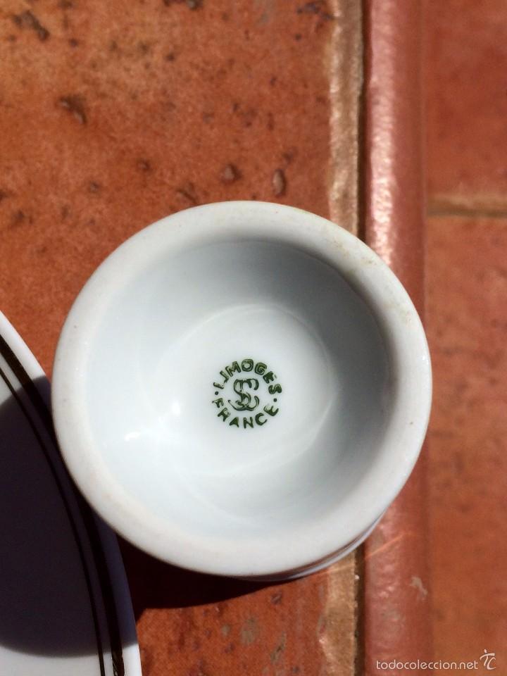 Antigüedades: Juego de Plato Vaso y Huevera de porcelana Limoges Francia - Foto 6 - 55821420