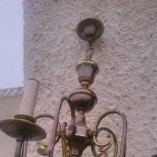 Antigüedades: ANTIGUA LAMPARA DE SALÓN DE LATÓN CROMADO EN NEGRO CON TOQUES DE DORADO.. Lote 55860960