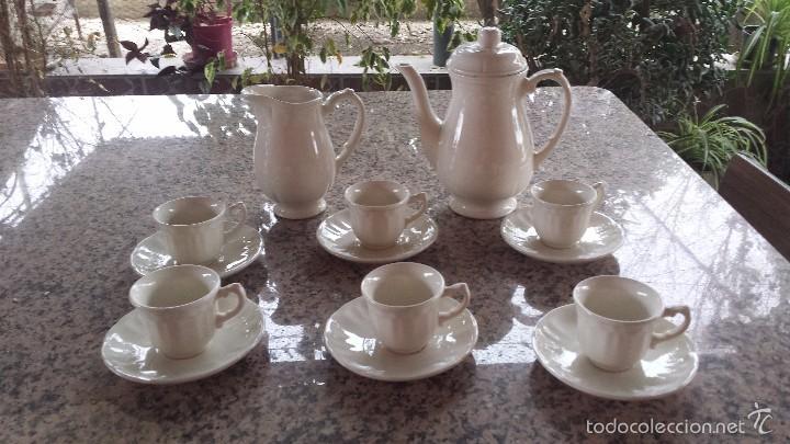 PRECISO JUEGO DE CAFE SAN CLAUDIO, A ESTRENAR (Antigüedades - Porcelanas y Cerámicas - San Claudio)