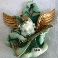 Segunda Mano: PEQUEÑO ANGEL EN YESO O ESCAYOLA ARTESANAL FIRMADO 1997 LIRA CÍTARA MANDOLINA. Lote 55870806