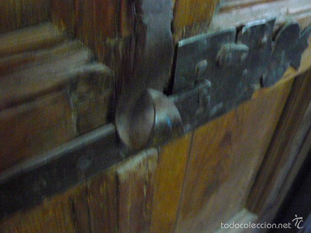 Antigüedades: PUERTA DE ARMARIO DE NOGAL SIGLO XVIII - Foto 5 - 55918341