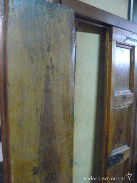 Antigüedades: PUERTA DE ARMARIO DE NOGAL SIGLO XVIII - Foto 6 - 55918341